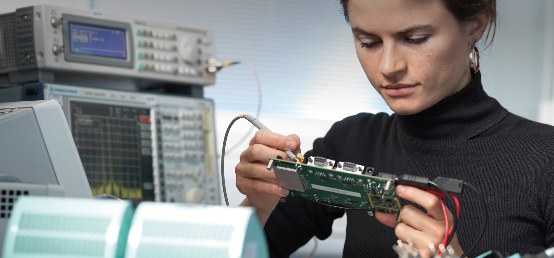 Electronics Asics Cambridge Consultants Integrated Analog And Digital Circuits Systems Designing